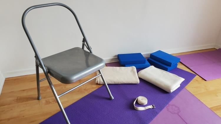 #yogaprops #yogachair #indianyogabolster #yoga blanket #yogainforesthill #gryoga #iyengaryoga #staysafe #covid-19 #coronavirus #robertoyoga #graziayoga #restorativeyoga #yogaonline #livestreamyoga #yogalondonwp wp-1593109867573.jpg 20200619_165840
